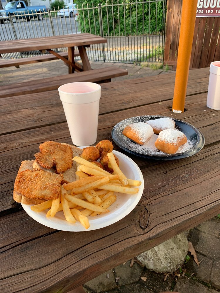 The Fish House/Cafe Beignet: 1310 Winter Ave, Louisville, KY