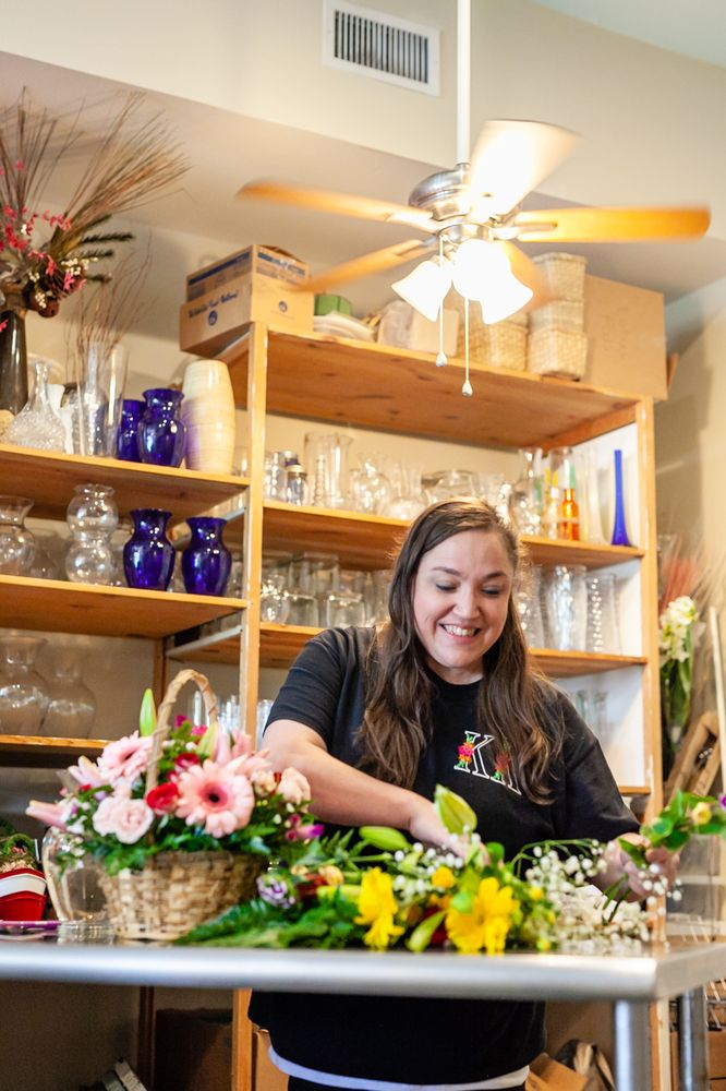 Adams Loraine Flower Shop: 839 Highway 90, Bay St Louis, MS