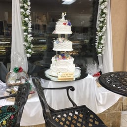 wedding cake fairfield calandra s italian amp bakery 60張相片及68篇評語 麵包店 22581