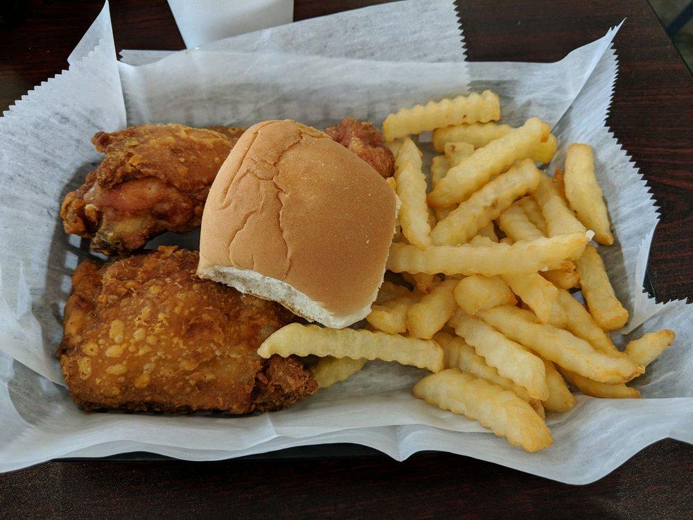 Maryland Fried Chicken: 831 E Alice St, Bainbridge, GA