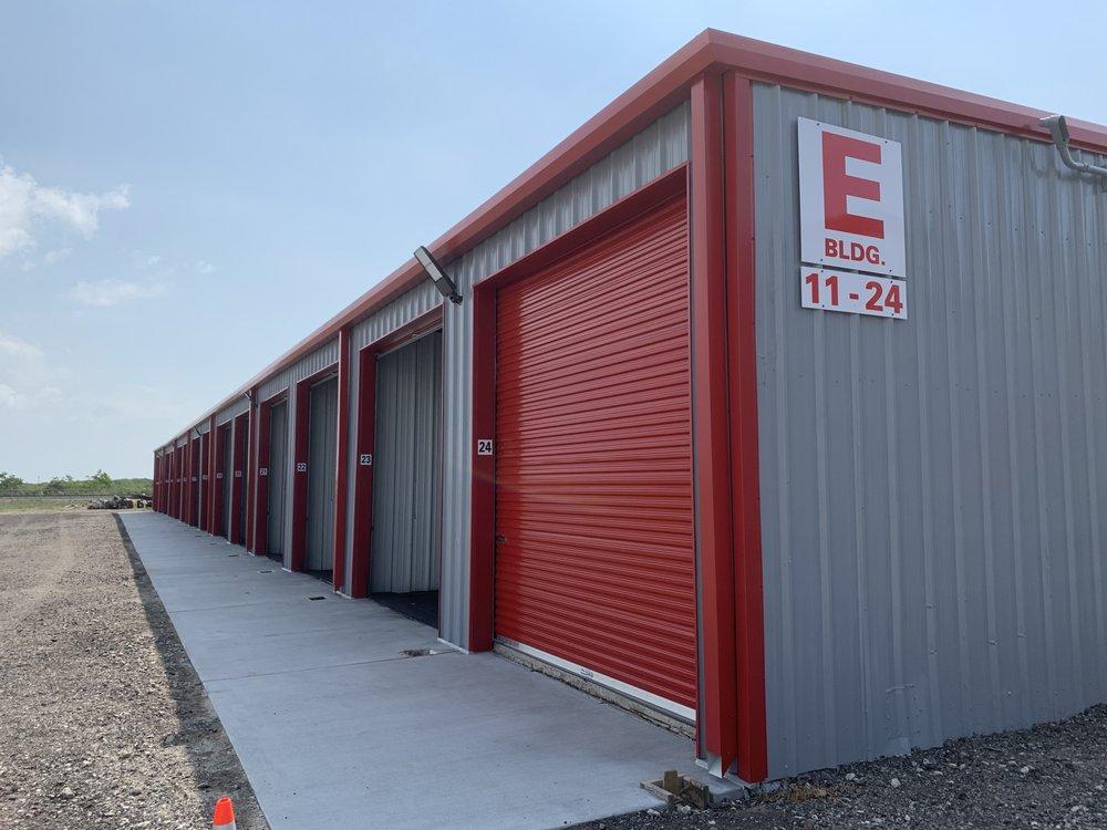 Bo's Boat & RV Storage: 226 Texas City Wye, La Marque, TX