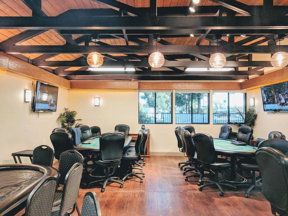 Paso Robles Casino: 1144 Black Oak Dr, Paso Robles, CA