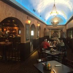 16 Kelly S Tavern