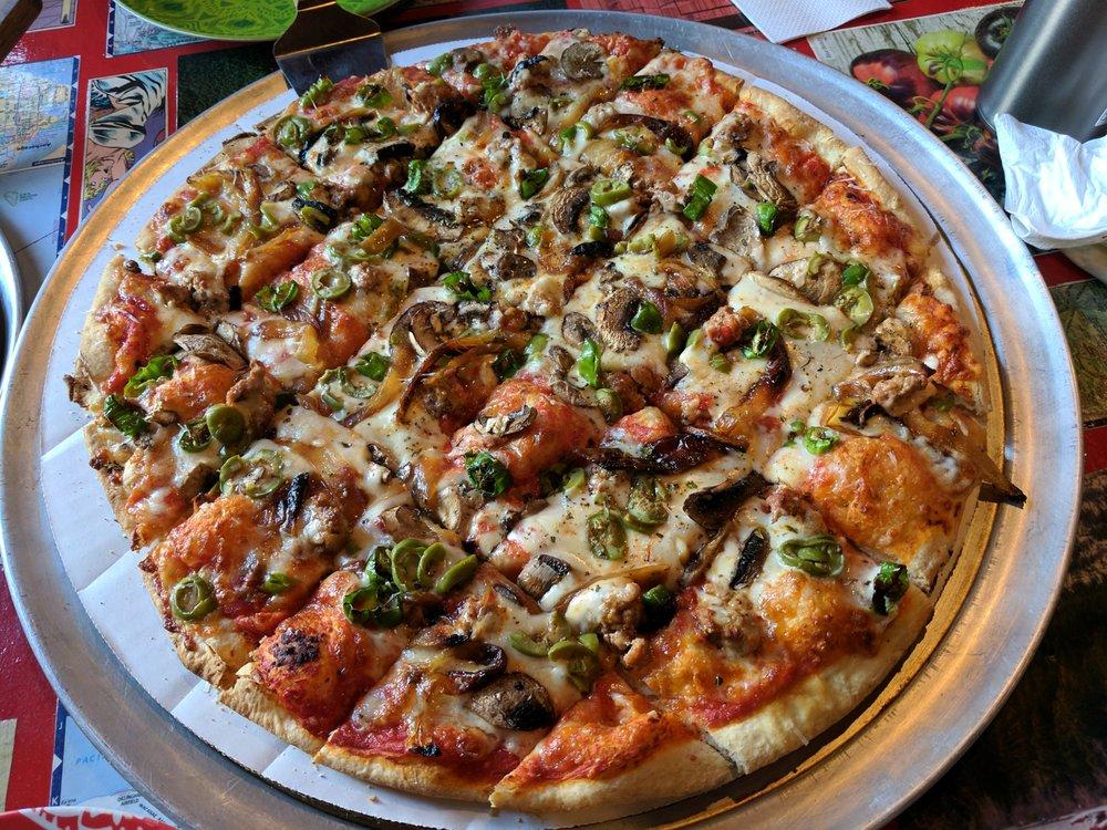 Pickup's Pizza Company: 422 McIntire St, Eagle, CO