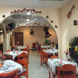 Photo Of Little Mexico Restaurant Dade City Fl United States Inside