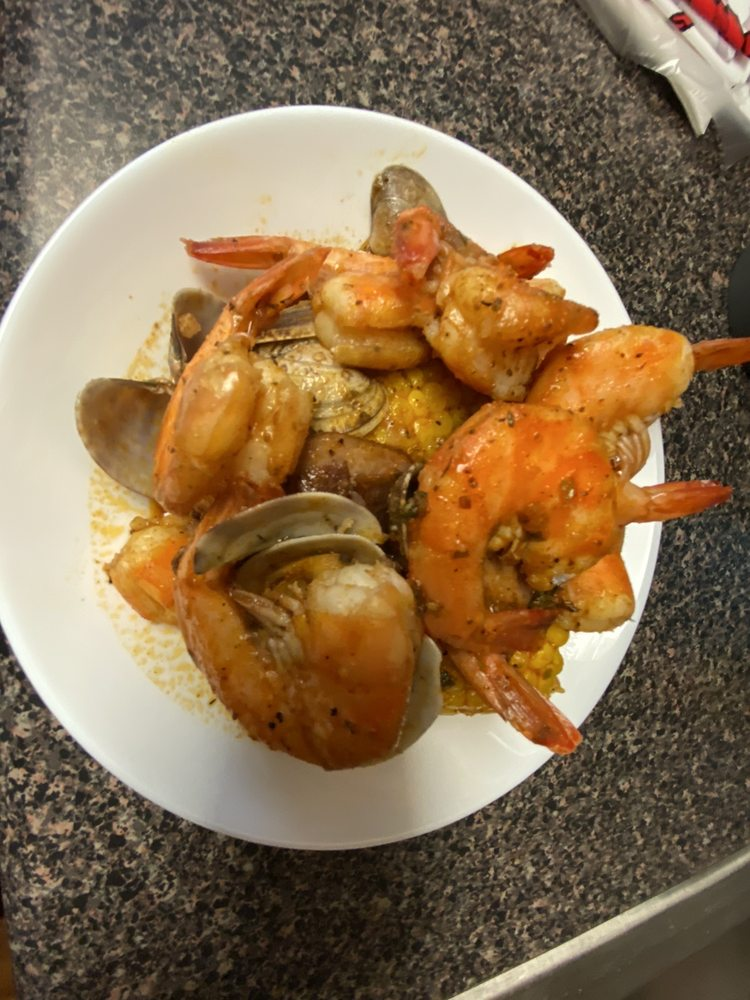 Food from Louis Cajun Seafood