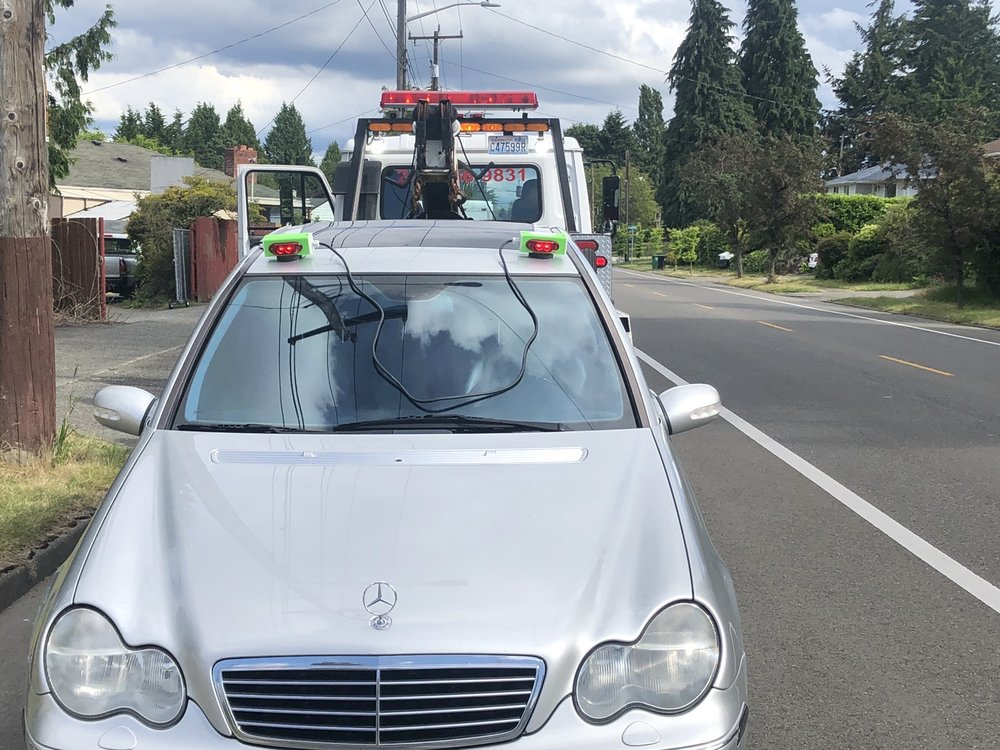 Towing business in White Center, WA