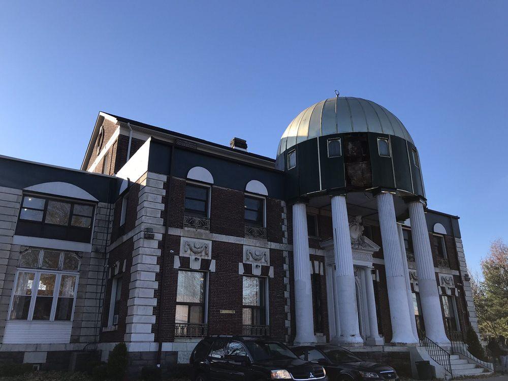 Masjid Dar-ul Islam: 602 Salem Ave, Elizabeth, NJ