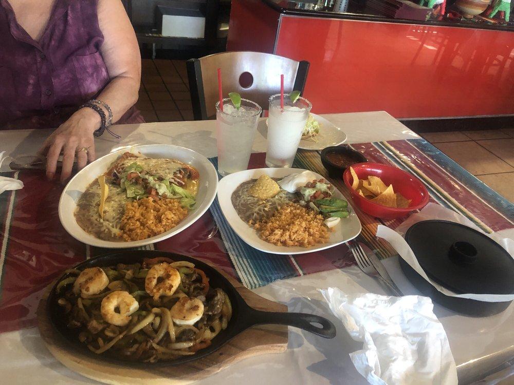 Con Sabor a México: 107 N Pittman St, Prairie Grove, AR