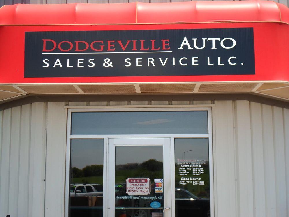 Dodgeville Auto Sales & Service: 4805 Curtis Rd, Dodgeville, WI