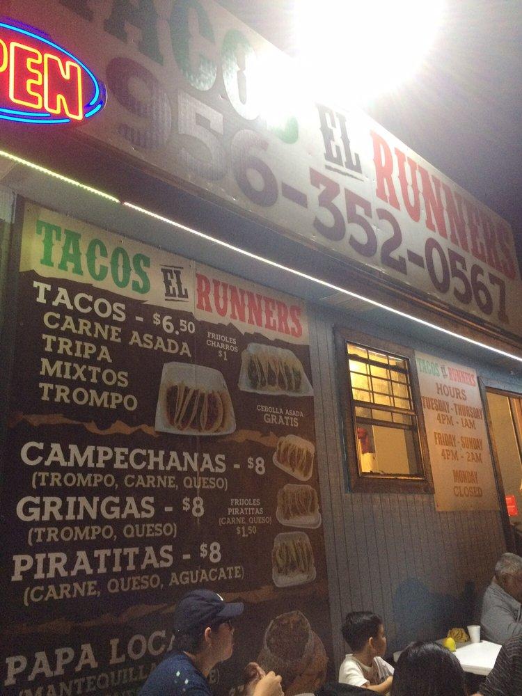 Tacos El Runners: 200 E Hinojosa Aly, Rio Grande City, TX