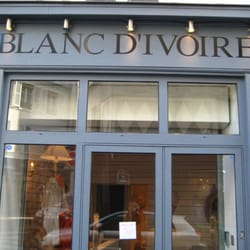 blanc d ivoire furniture shops 25 rue saintonge. Black Bedroom Furniture Sets. Home Design Ideas