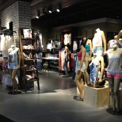 Garage clothing store online