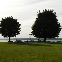 Photo Of Cinderella S Cafe Suites Sylvan Beach Ny United States The Lake