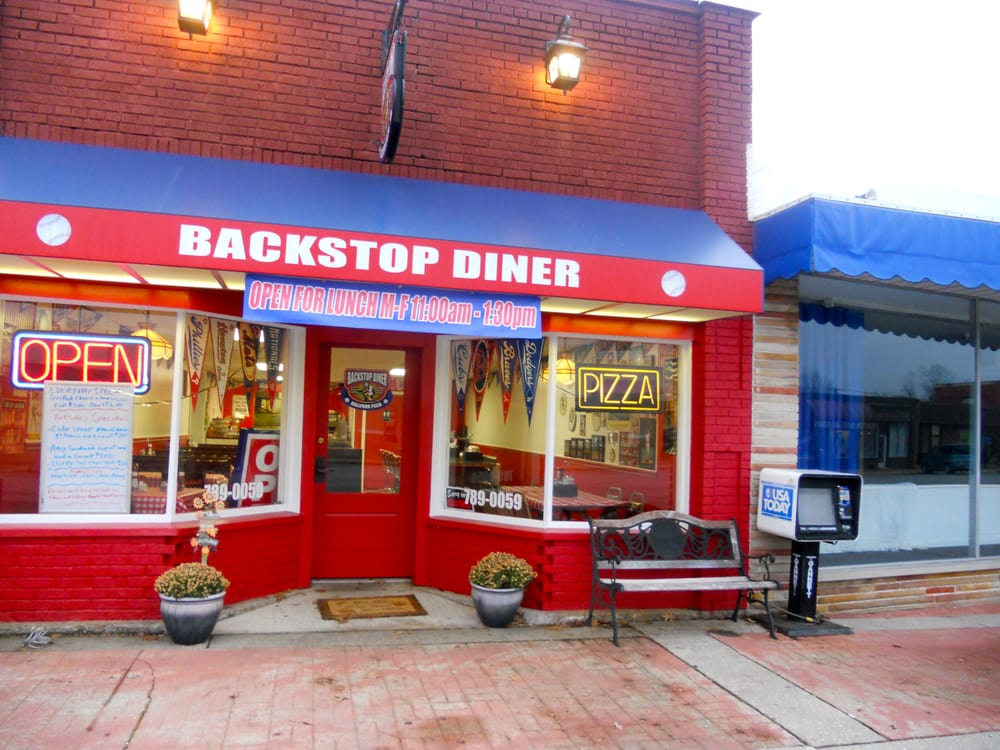 Backstop Diner: 607 Main St, Beech Grove, IN