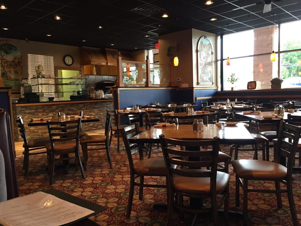 Ecco Domani Italian Restaurant & Pizzeria: 216 E Fairmont St, Coopersburg, PA