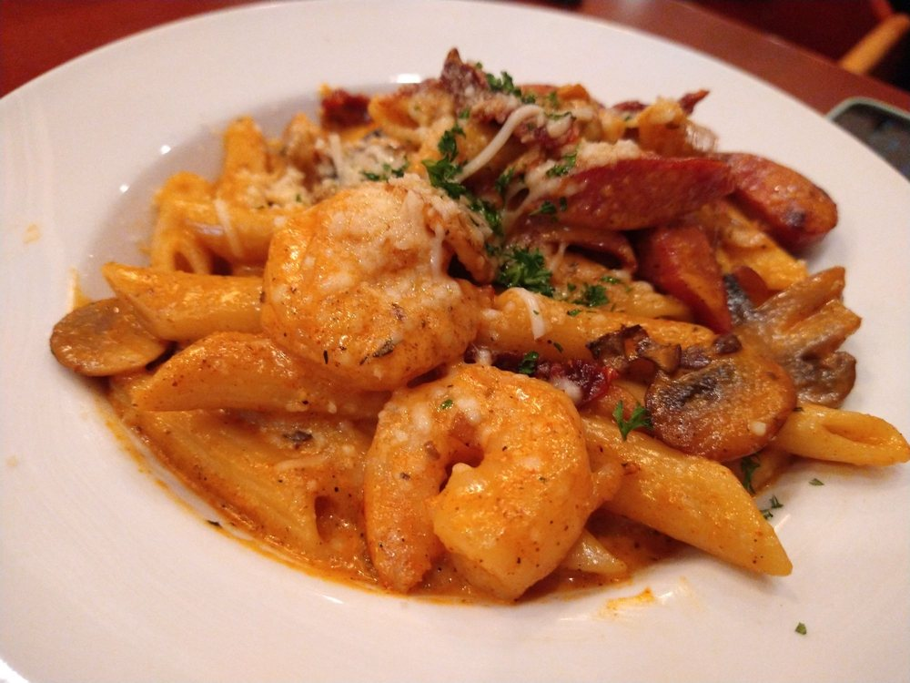 Farwood Bar and Grill: 705 5th St, Orland, CA