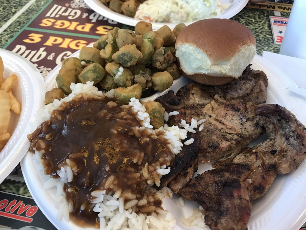 Three Pigs Pub & Grill: 16352 US 431 S, Headland, AL