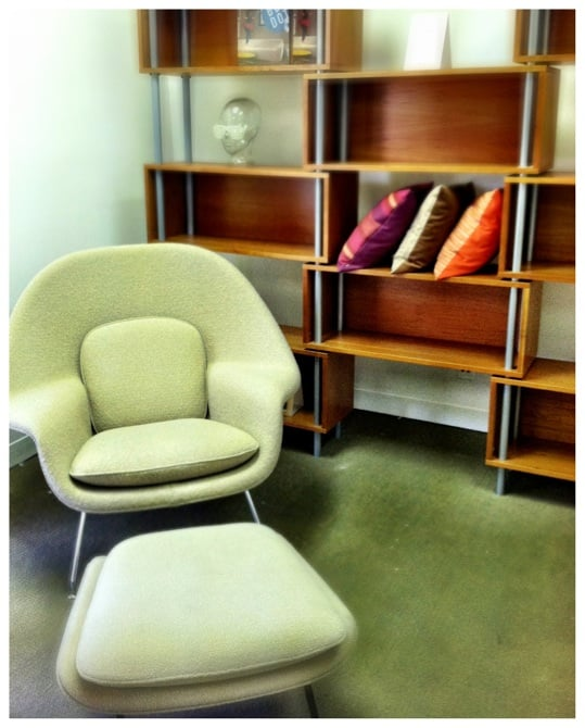 Knoll womb chair with blu dot 39 s chicago 8 yelp for Office design northbrook il