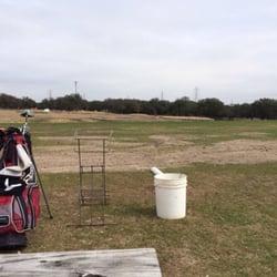 Rolling Oaks Golf And Sports Bar logo