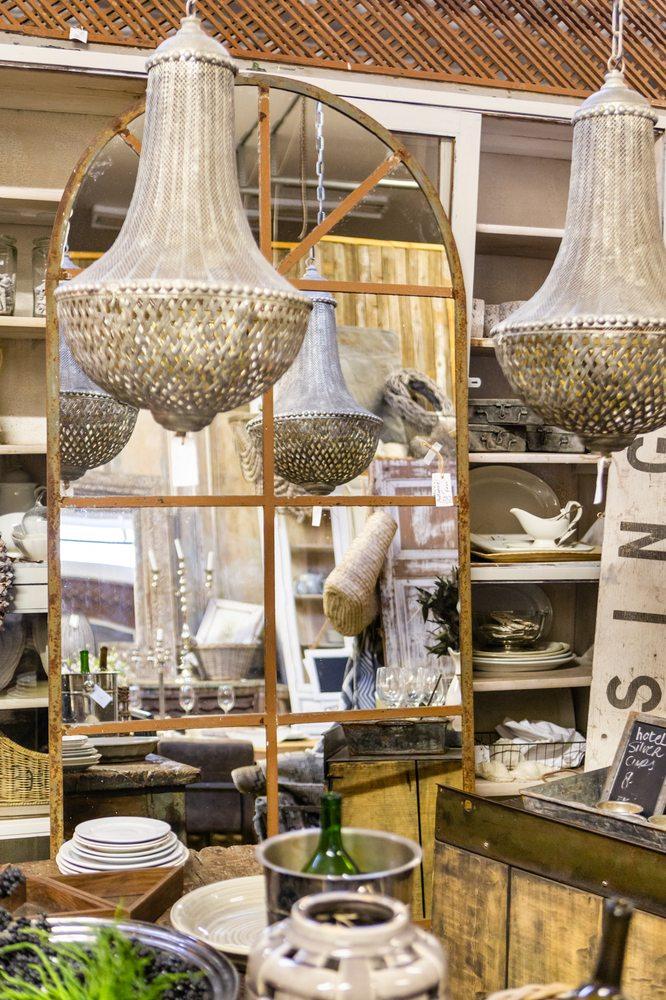 Rust & Feathers: 14928 James Monroe Hwy, Leesburg, VA