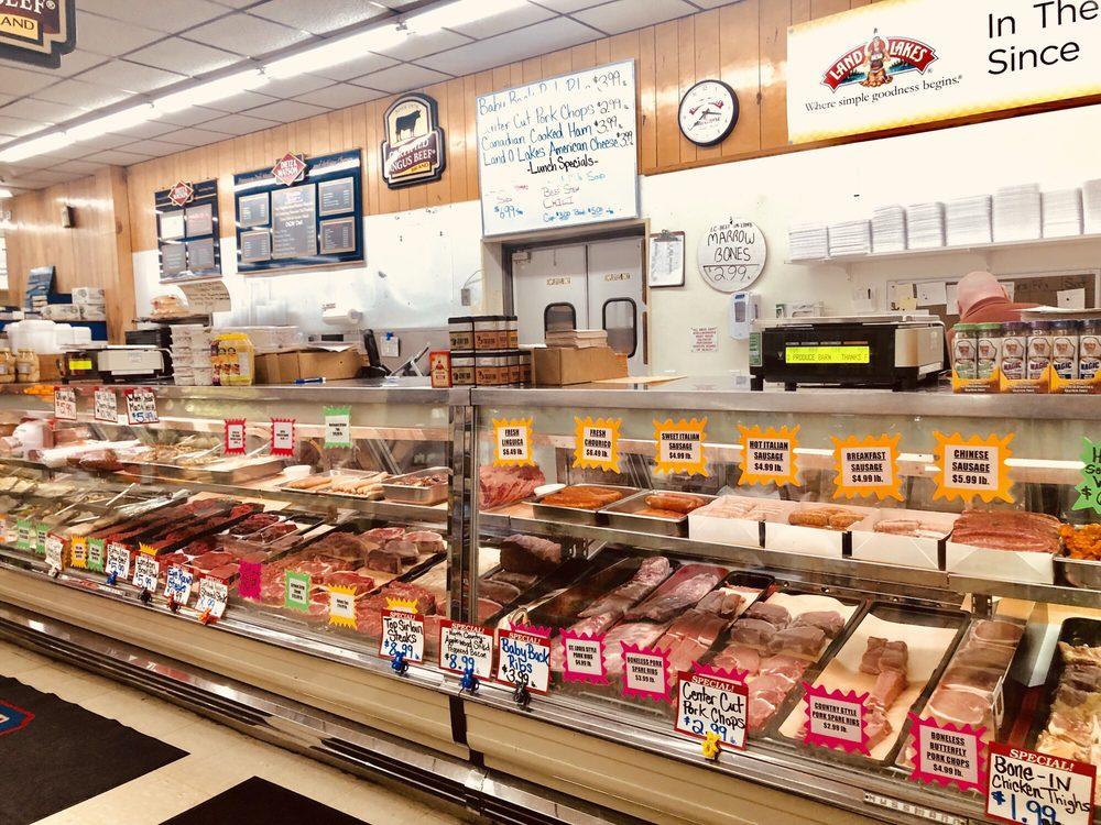 Produce Barn: 72 Mansfield Ave, Norton, MA