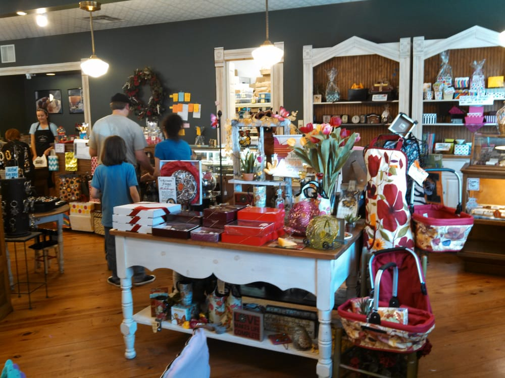 Candy Factory: 701 E Cherry St, Columbia, MO