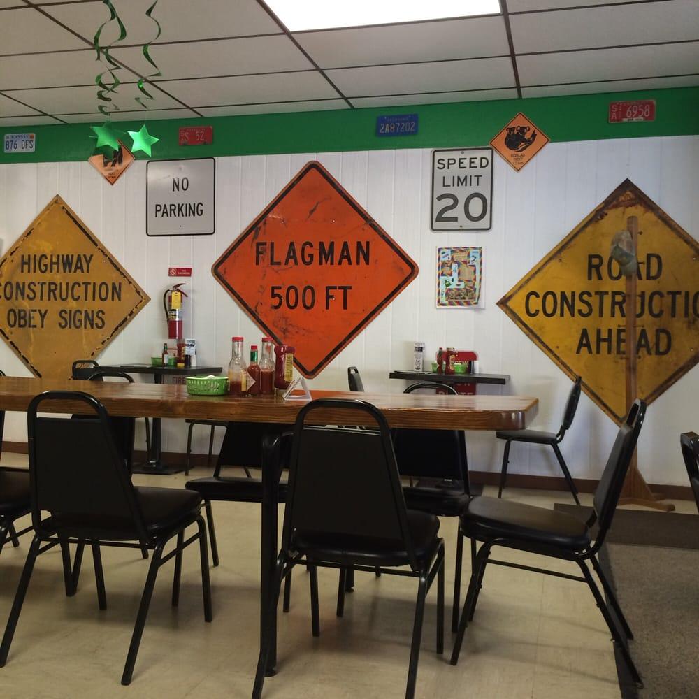 Exit 14 Resturant: 512 Maple, Gypsum, KS