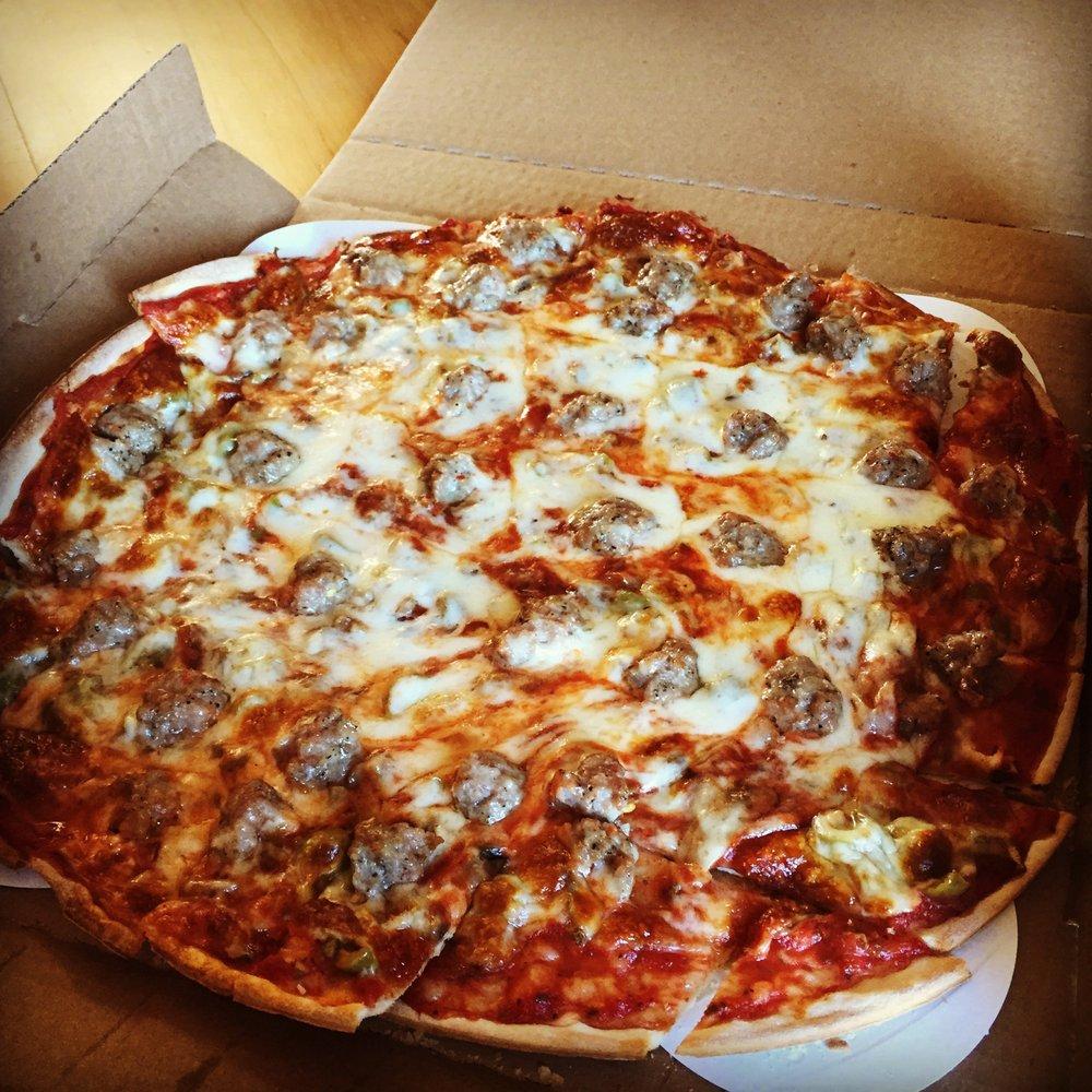 Jake's Pizza: 211 Downtown Plz, Fairmont, MN