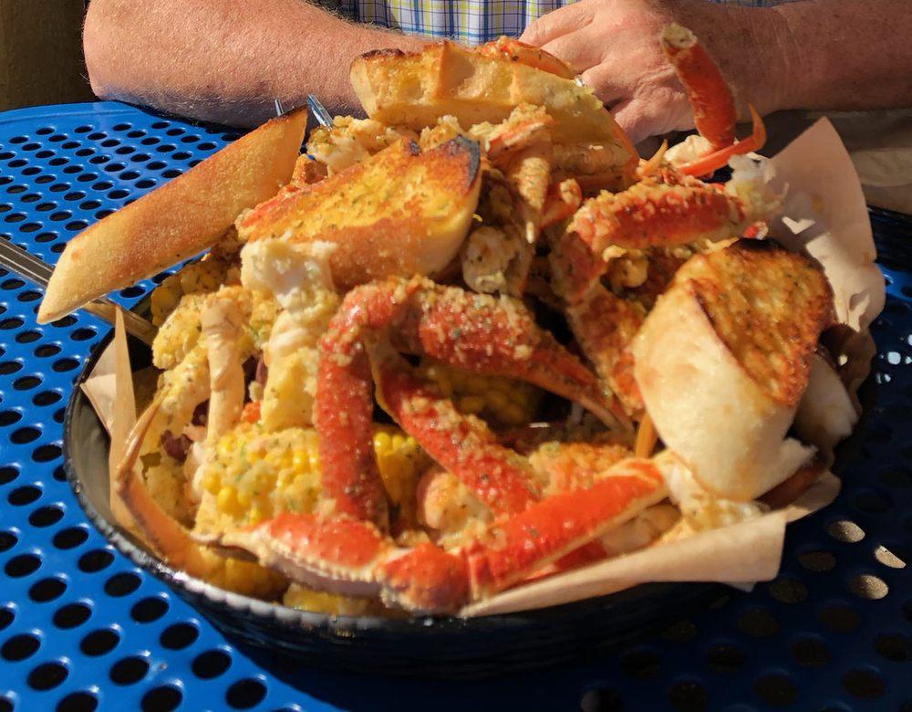 Melbourne Seafood Station: 630 E Eau Gallie Blvd, Indian Harbour Beach, FL