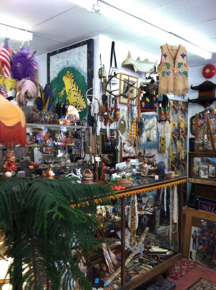 Blackbird Trading Post: 8 W 9th, Lawrence, KS