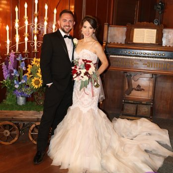 Las Vegas Wedding Gown Specialists - 29 Photos & 37 Reviews - Sewing ...
