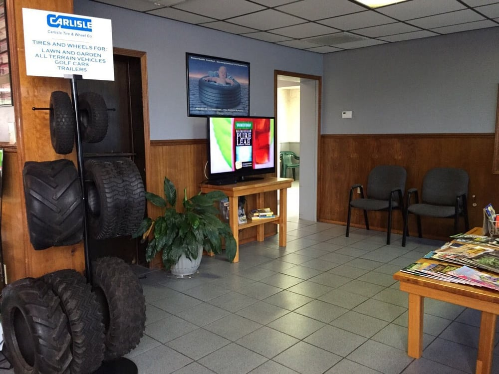 Campus Auto & Tire: 1404 Independence St, Cape Girardeau, MO