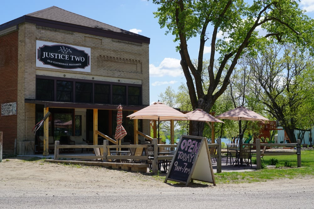 Justice Two Coffeehouse & Eatery: 20740 Old Town Trl, Clitherall, MN