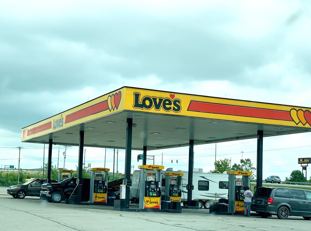 Love's Travel Stop: 13190 Deshler Rd, North Baltimore, OH
