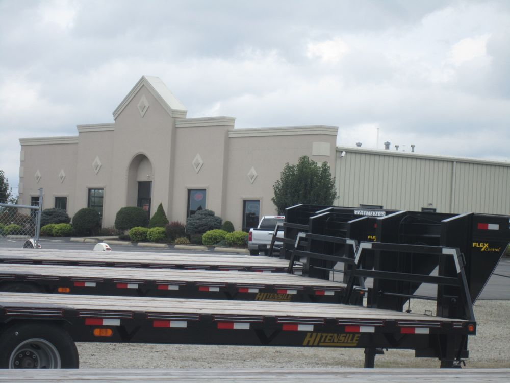 Towing business in New Burlington, OH