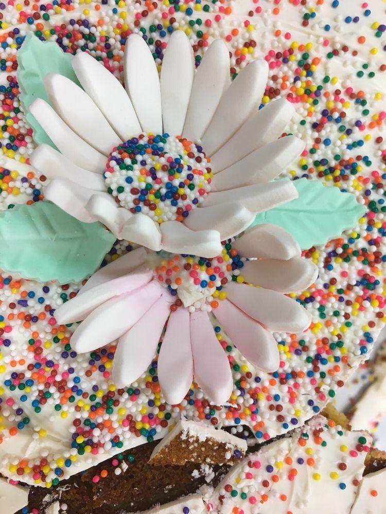 Sugar Daze Bakery: Bonney Lake, WA