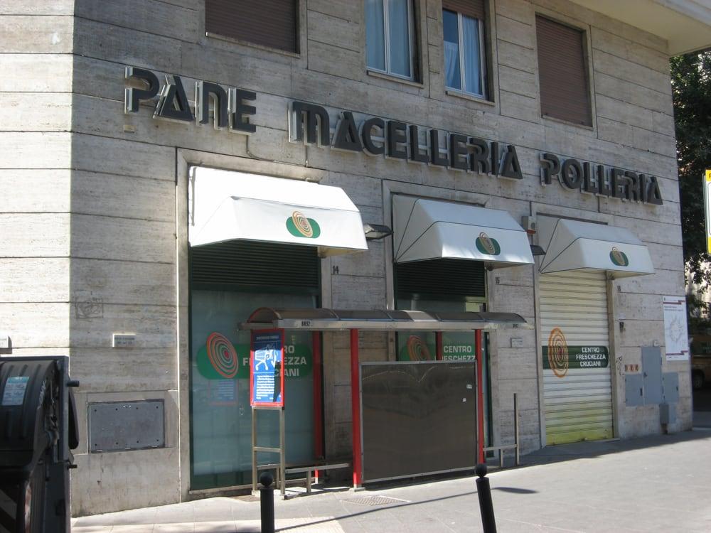 hot sale online 586c1 658e4 Centro Freschezza Cruciani - Supermarket - Piazzale delle ...