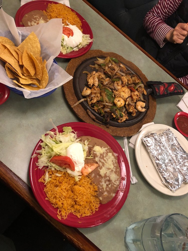 Mi Ranchito: 1212 Memorial Blvd S, Martinsville, VA