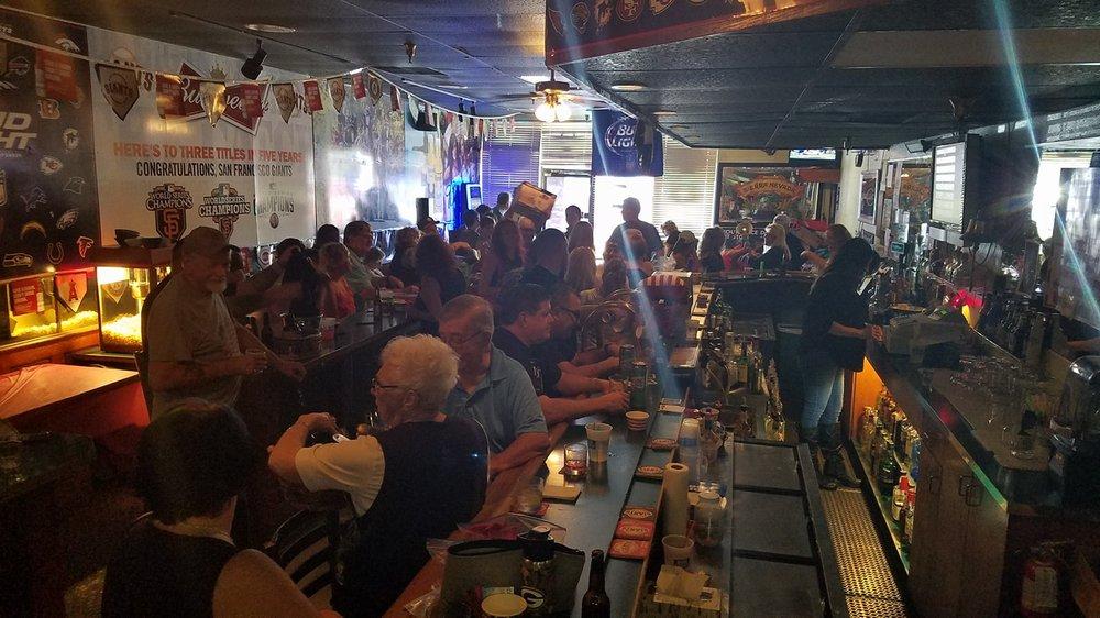 Schoony's Bar: 969 Alamo Dr, Vacaville, CA