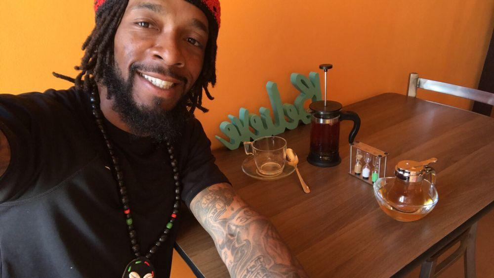 Mingles Tea Bar
