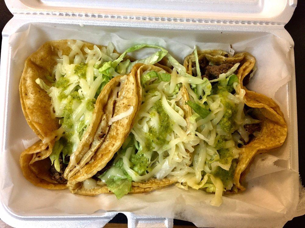 Food from Nina's Taco Shop