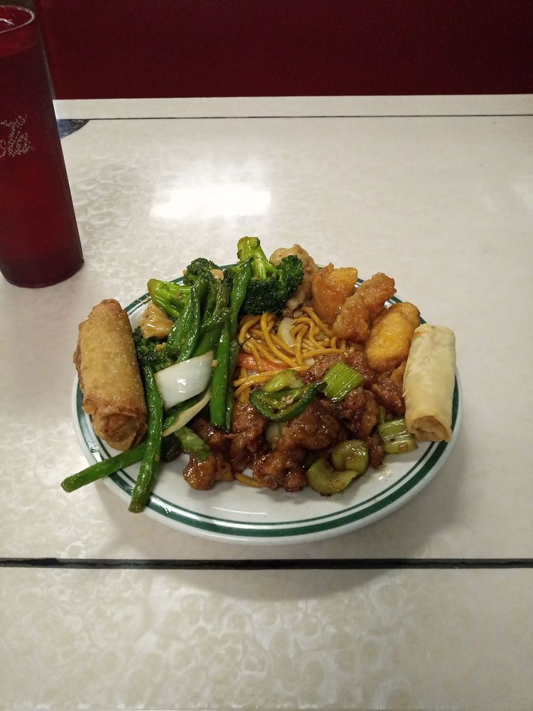 China King Buffet Restaurant: 1109 E Grand Ave, Marshall, TX
