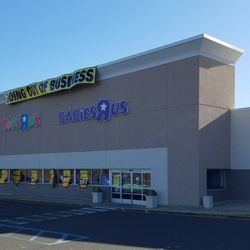 Toys R Us Closed 11 Reviews Toy Stores Rockaway Ave