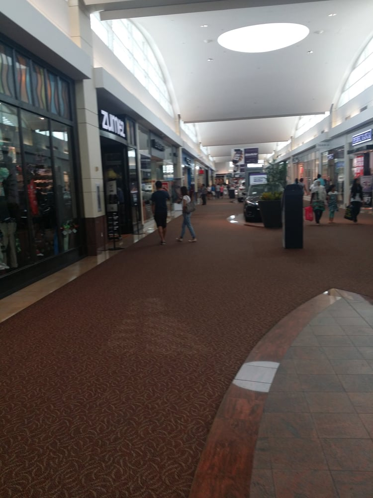 the first shopping mall essay In case you haven't heard, shopping malls are on the decline  for a couple of  hours was, for many, a first delicious taste of independence 3.