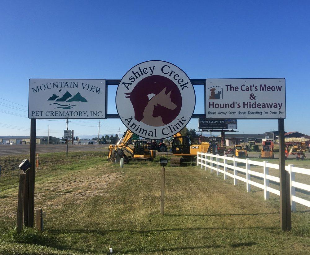 Ashley Creek Animal Clinic: 3251 US Hwy 93 S, Kalispell, MT