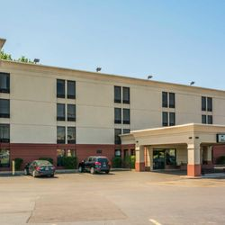 Photo Of Quality Inn Near Destiny Usa Liverpool Ny United States