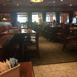 Photo Of Bertucci S Italian Restaurant Woburn Ma United States In The Middle