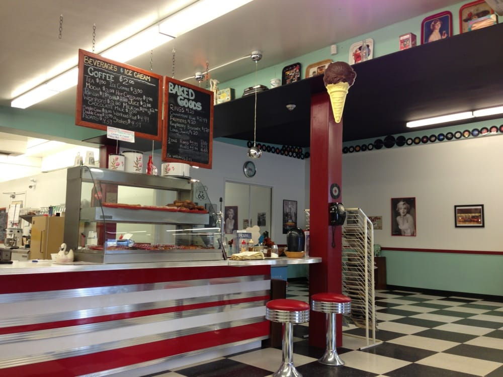 Happy Days 50's Diner: 131 Central Avenue, Grand Forks, BC