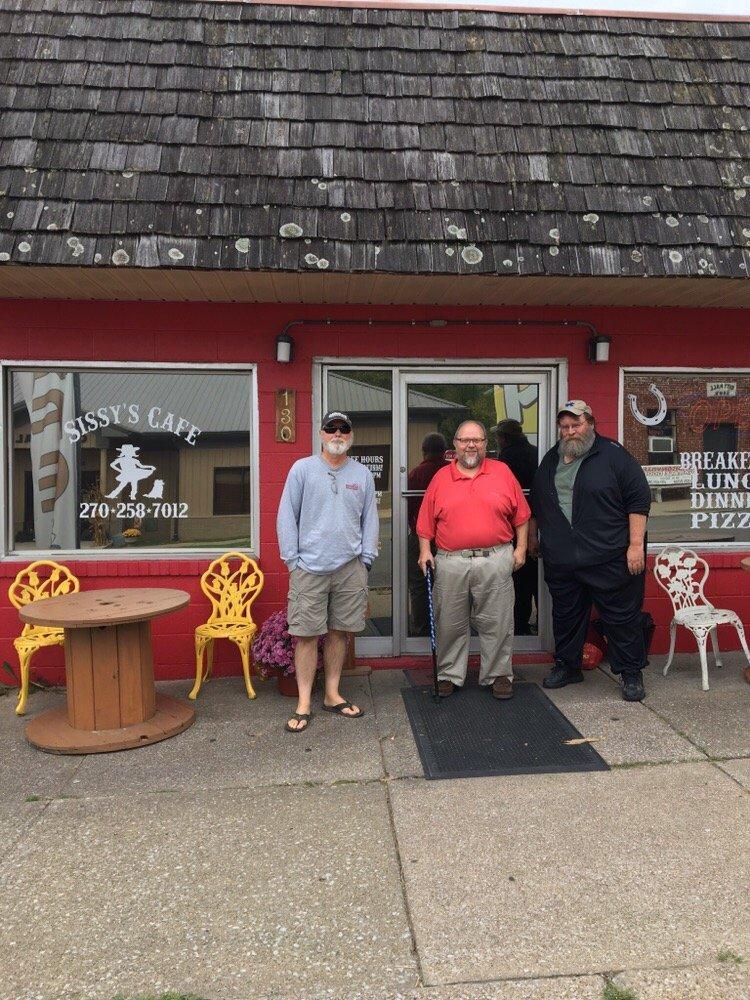 Sissy's Cafe: 130 Cross St, Mortons Gap, KY